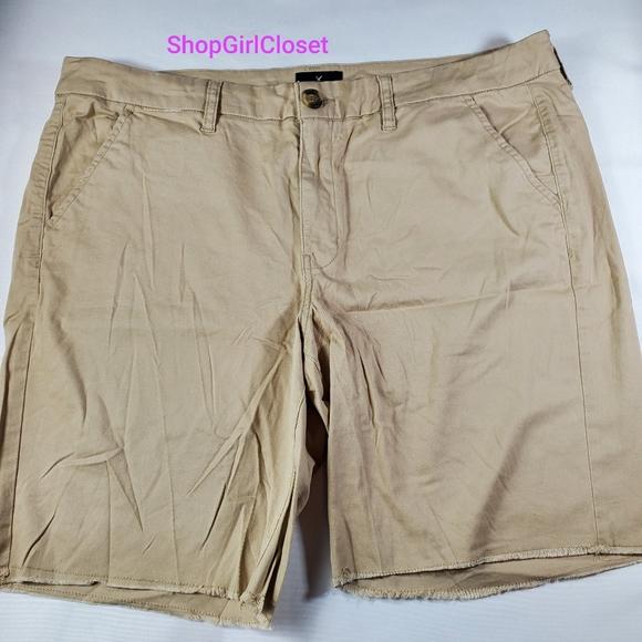 💥Just In💥 AE Bermuda Shorts Boys sz 18